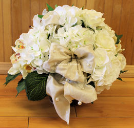 Cream & Champagne Silk Centerpiece from Bakanas Florist & Gifts, flower shop in Marlton, NJ